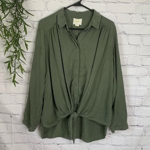 Maeve Tuesday tie front button blouse medium green